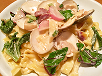 蛤(ハマグリ)と農園春野菜の柚子胡椒クリーム、純生リッチャレッレ