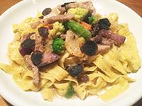 イベリコ豚と農園野菜のアーリオ・オーリオ、トリュフがけ、純生リッチャレッレ